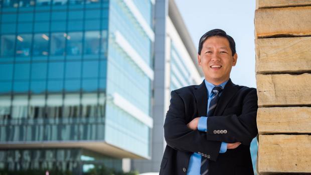 Dr Felix Feng