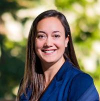 Dr Lindsay Hampson